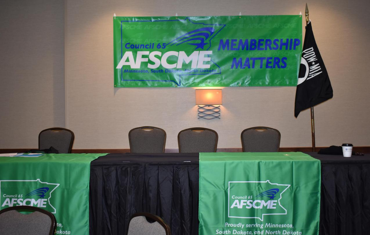 Convention Table